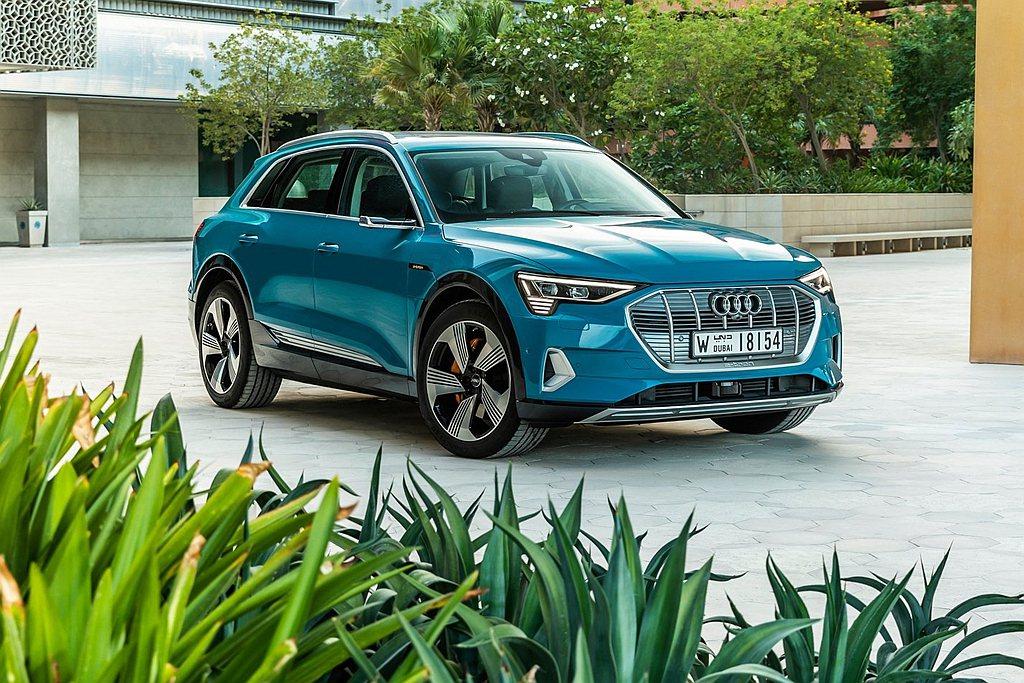 台灣奧迪為迎接年底Audi e-tron上市,自去年就持續積極佈局,台灣奧迪除為...