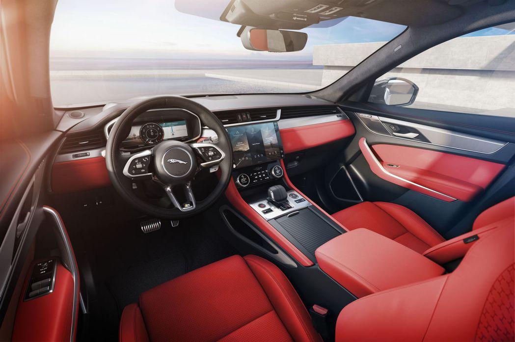 更新後的F-Pace內裝著實讓人耳目一新。 摘自Jaguar
