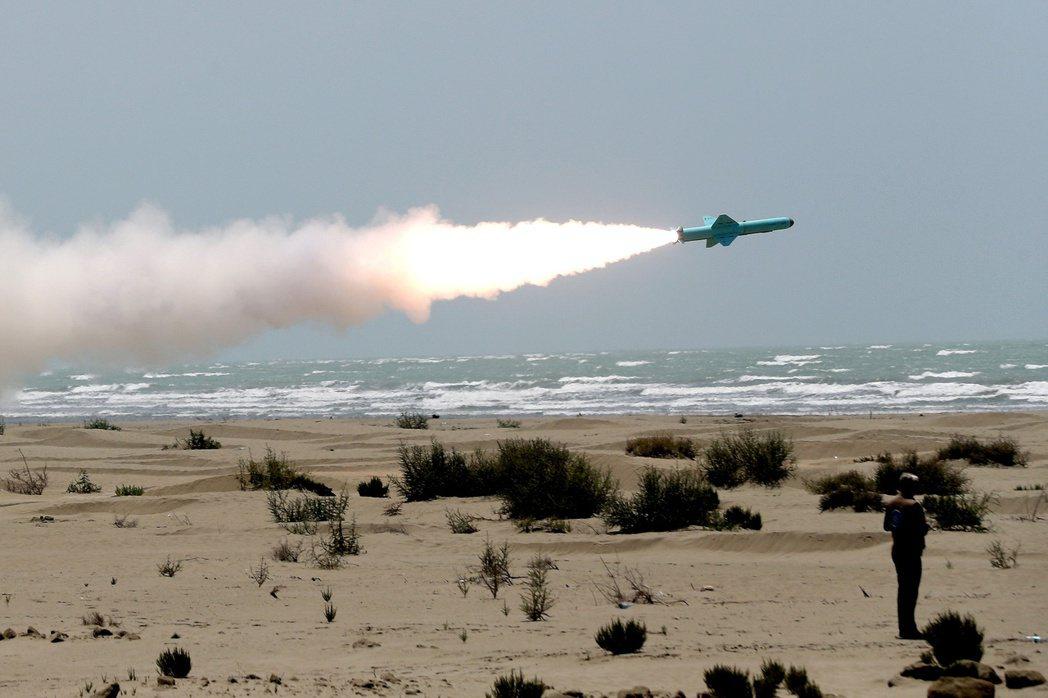 伊朗巡弋飛彈。 圖/路透社