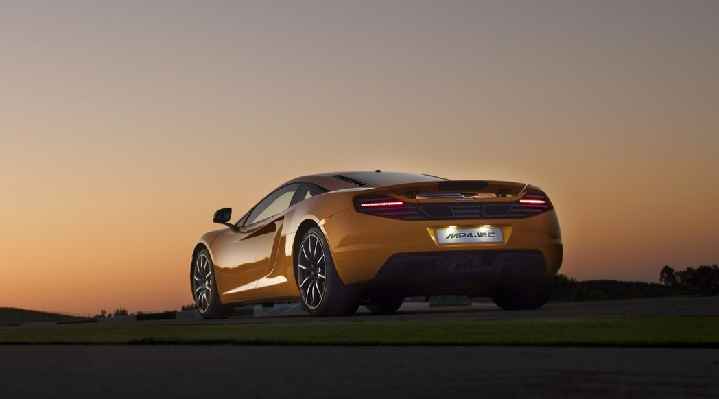 McLaren MP4-12C。 摘自McLaren