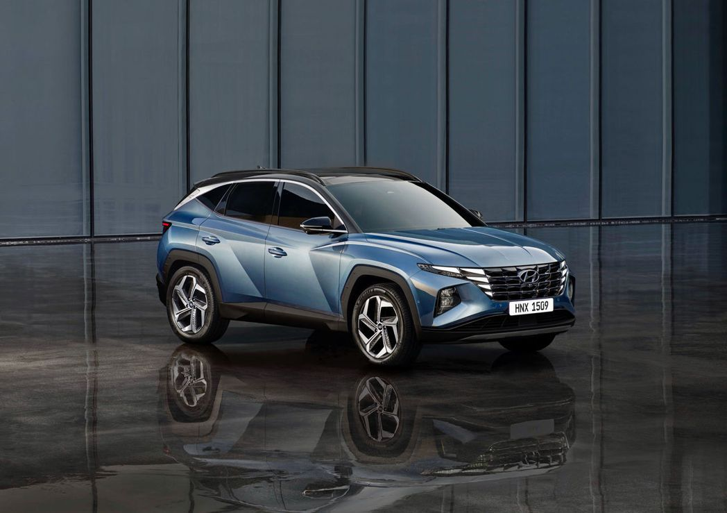 第四代Hyundai Tucson外型已完全看不出前三代車系的輪廓。 摘自Hyu...