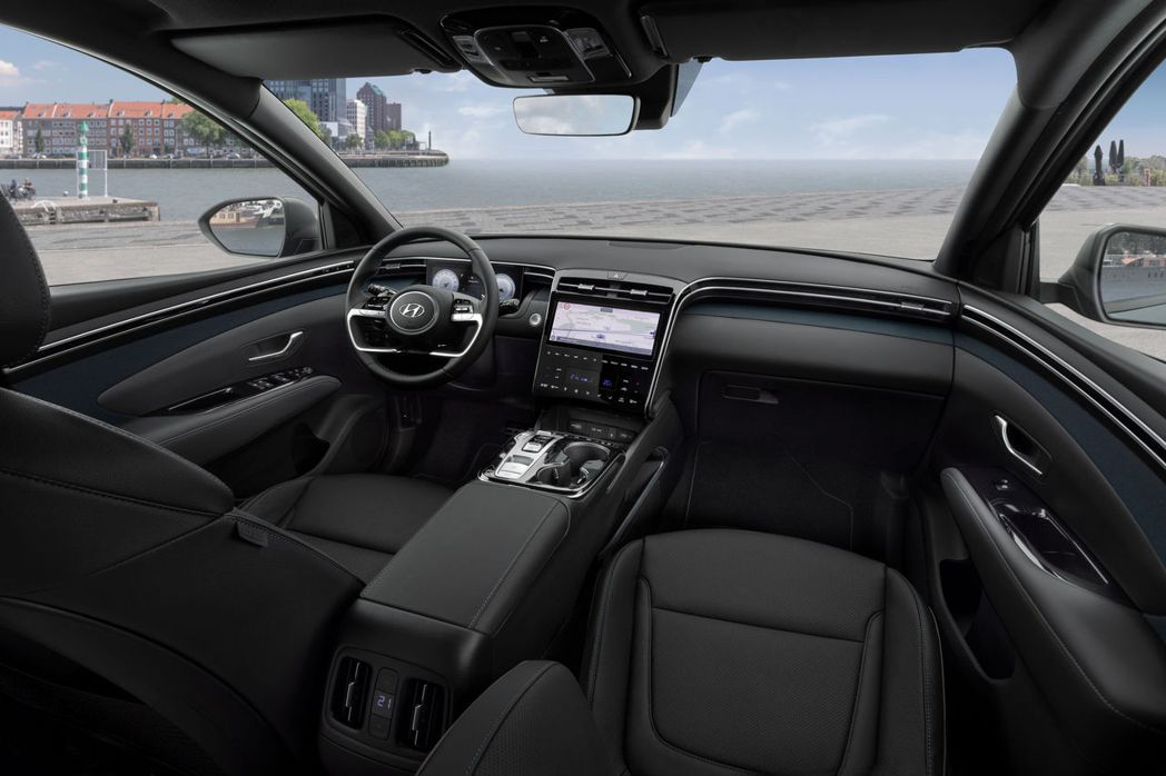 第四代Hyundai Tucson內裝省去了多於的實體按鈕。 摘自Hyundai