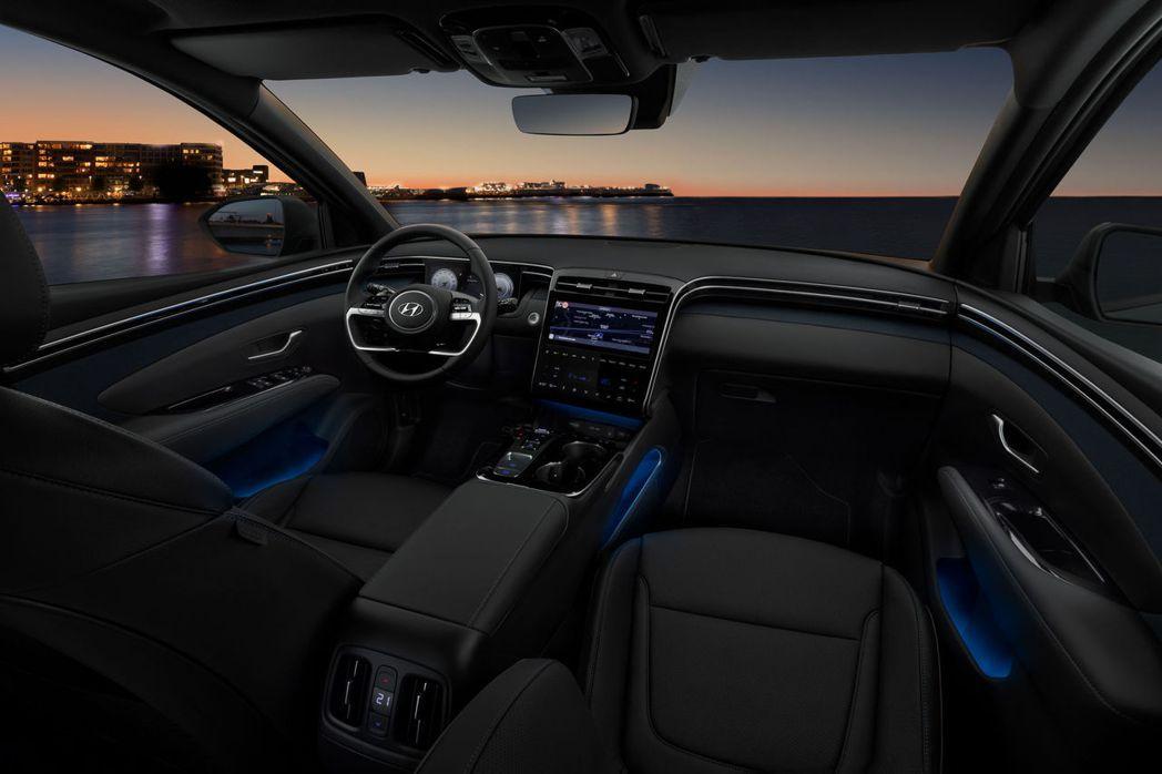 第四代Hyundai Tucson配有64種座艙氣氛燈選擇。 摘自Hyundai