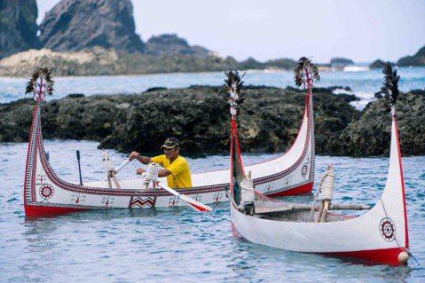 〈人之島後〉拍出蘭嶼絕美海底景觀,讓從未踏上蘭嶼的觀眾愛上這塊土地。 圖/高雄電...