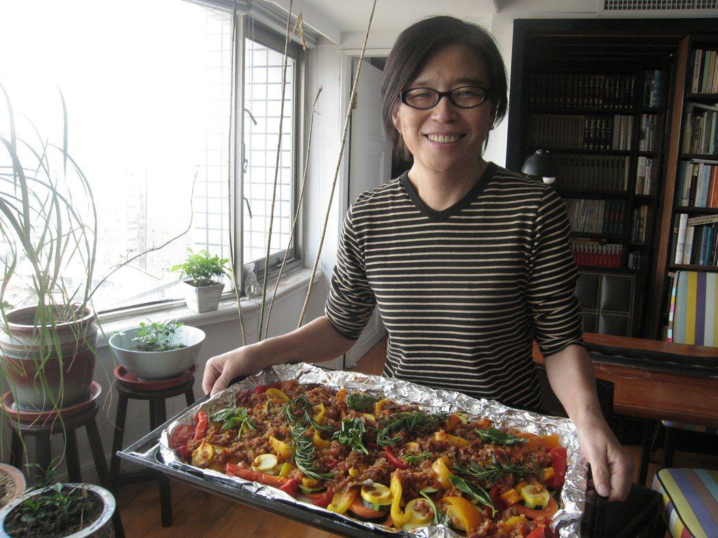 王宣一生前很愛下廚。圖/詹宏志提供