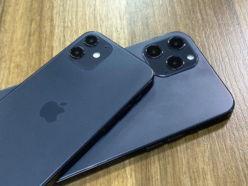 除了邊框設計可能回歸iPhone 4的方形側邊造型,是否會出現海軍藍新色也是眾所期待。記者黃筱晴/攝影