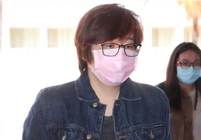 楊蕙如昨深夜也在臉書爆料,指柯團隊欠她100多箱沒有付錢的紀念品,「扣著不還算什麼?」本報資料照片