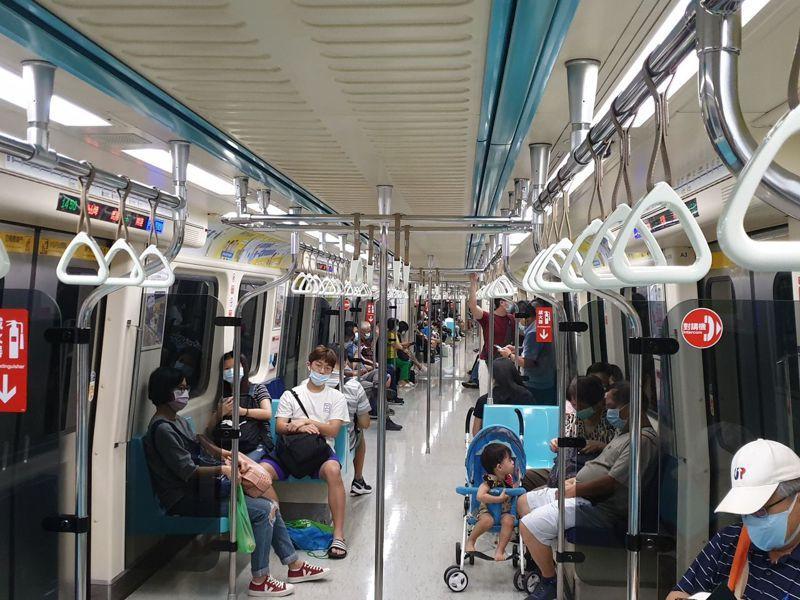 北捷松山新店線列車昨晚發生異常,導致列車延遲10多分鐘。聯合報系資料照