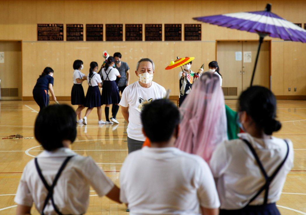 面對面授課在日本仍被視為具有很大的風險。路透