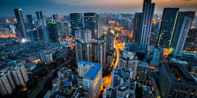 大陸1到8月全國房地產開發投資較去年同期增長4.6%,增速比1到7月提高1.2個百分點。(圖/取自新浪網)