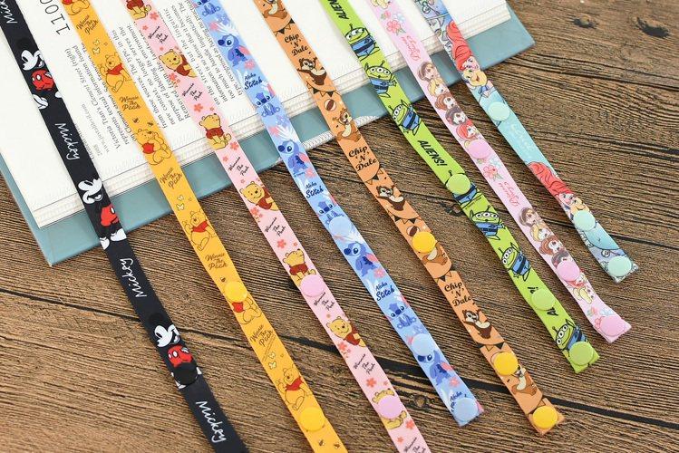 9月16日起7-ELEVEN獨家限定推出8款「迪士尼口罩掛繩」,每款售價59元,...