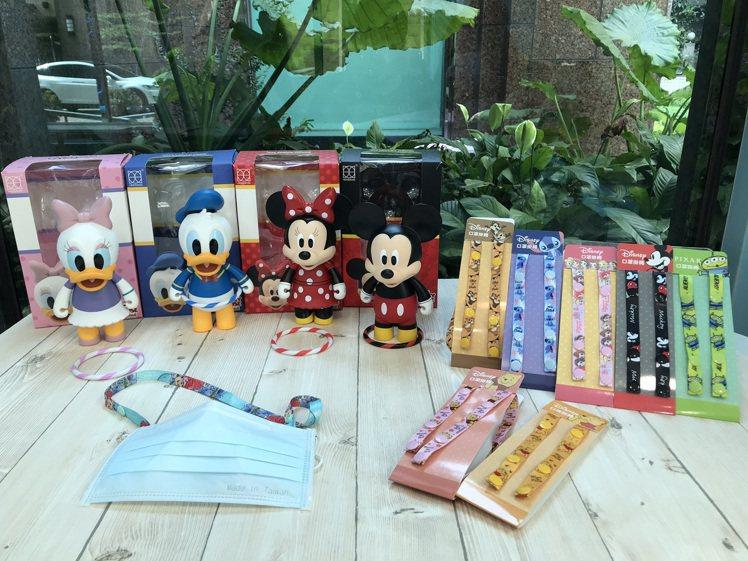 9月16日起7-ELEVEN獨家限定推出8款「迪士尼口罩掛繩」,9月23日起推出...
