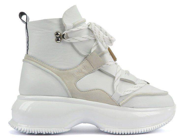 Maxi I Active科技布料中筒靴,28,600元。圖/迪生提供