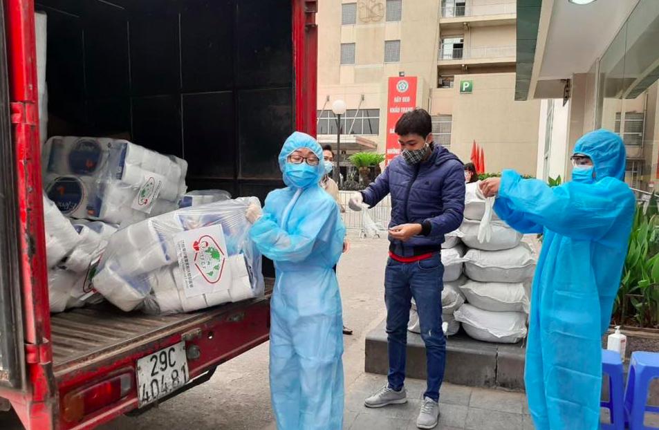 新冠肺炎疫情衝擊,家扶基金會駐外人員除了社福服務,還要協助衛教宣導,越南家扶中心...