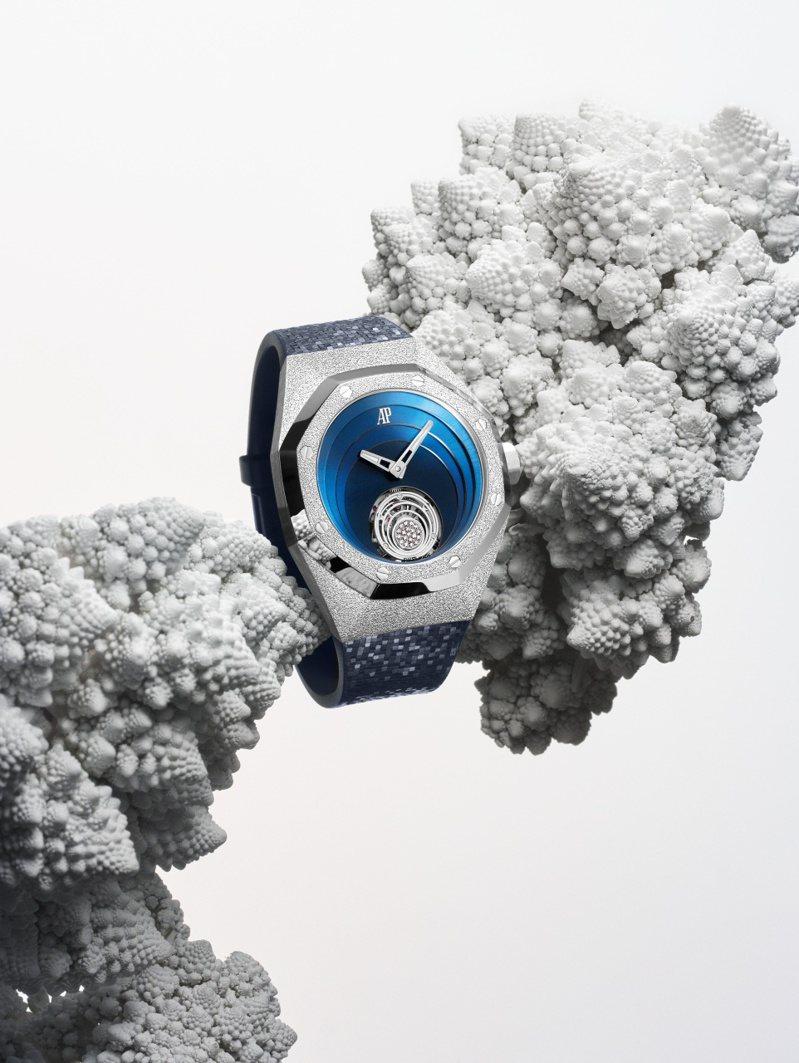 愛彼,皇家橡樹概念系列「霜金飛行陀飛輪腕表」,白金,38.5毫米,手上鍊機芯,時間顯示,陀飛輪,防水200米,價格店洽。圖 / Audemars Piguet提供。