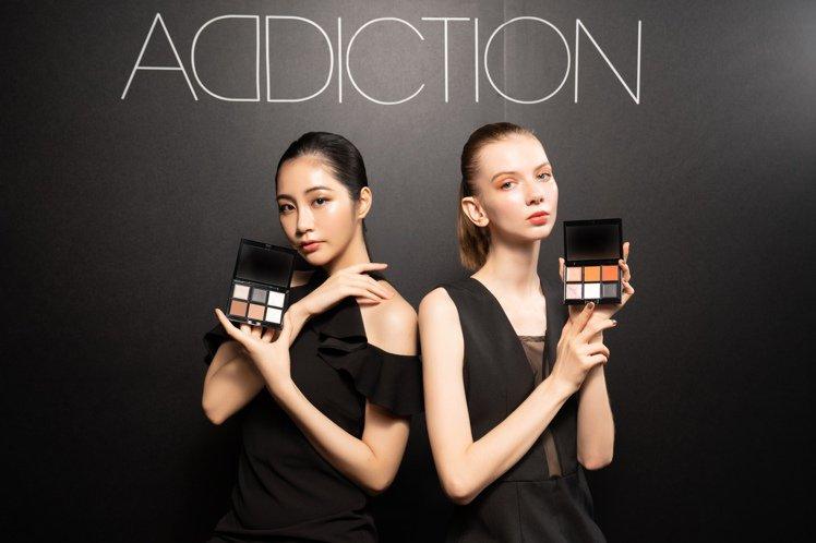 ADDICTION推出魅癮眼采系列眼影,全系列有99色。圖/ADDICTION提...