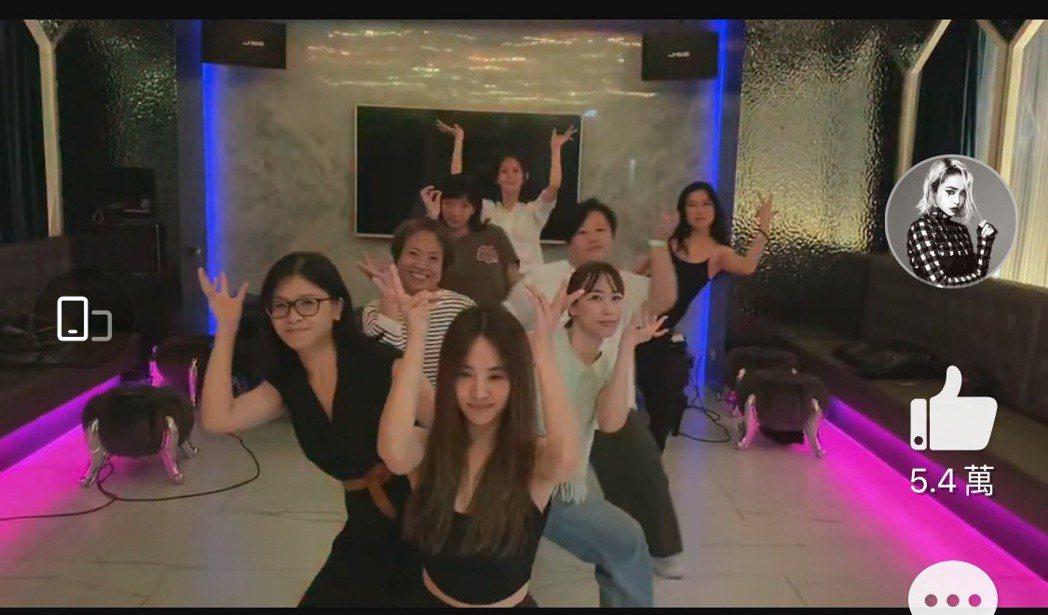 蔡依林包場大跳「Sour Candy」慶生。圖/摘自微博
