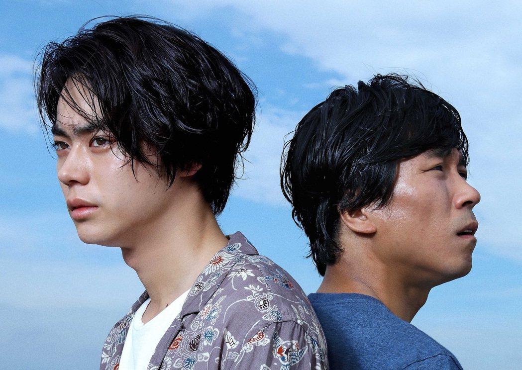 日本電影《啊,荒野》分為上下篇,長達五個小時的片長,將青春成長的劇情,推演至時代...