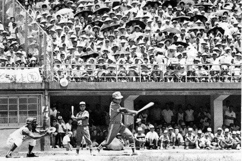 1968年8月25日,紅葉少棒隊出戰日本關西少棒隊,以7比0大獲全勝。 圖/聯合報系資料照