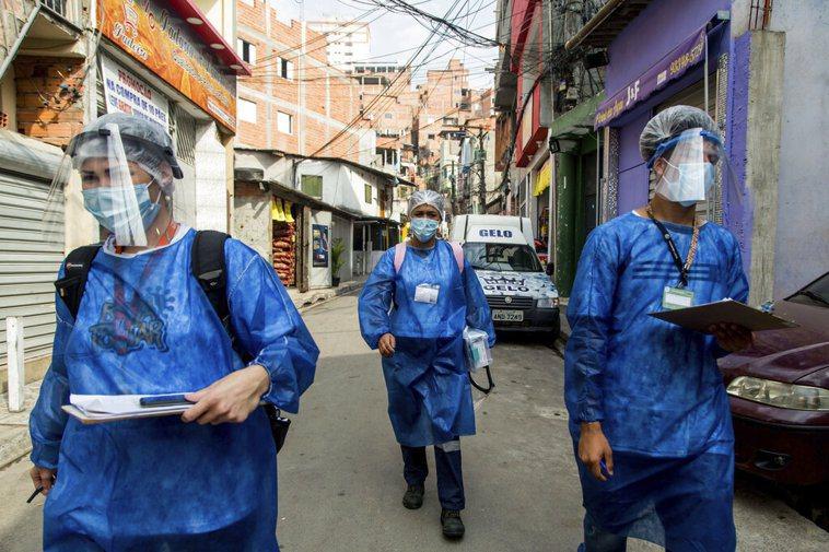 巴西新冠肺炎死亡人數超過13萬人。 美聯社