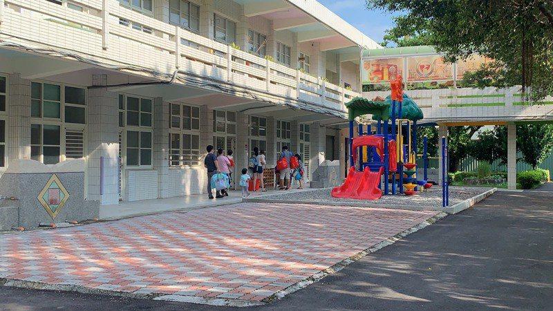 雲林縣109學年度新設3所小學附設幼兒園,幼兒活動空間與小學生隔開,設施設備也皆是全新,不少家長反應很安心。記者陳苡葳/攝影