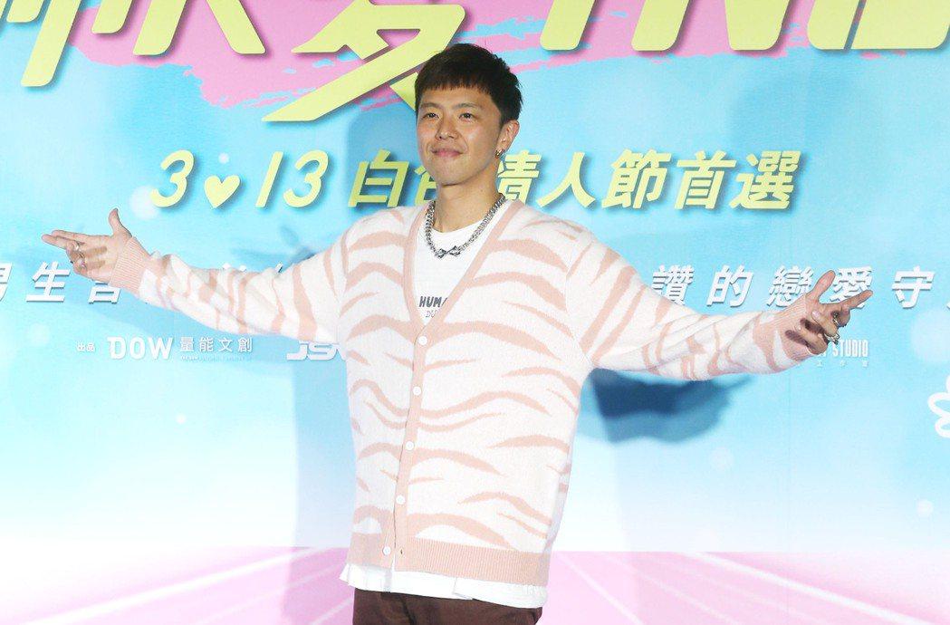 藝人小鬼黃鴻升今日驚傳在台北市北投區三合一街過世,享年36歲。本報資料照片