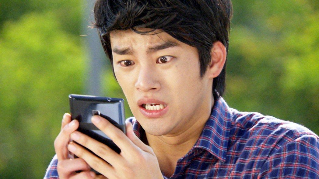 徐仁國在「兒子傢伙們」飾演小兒子,是兄弟間的闖禍精。圖/東森戲劇台提供