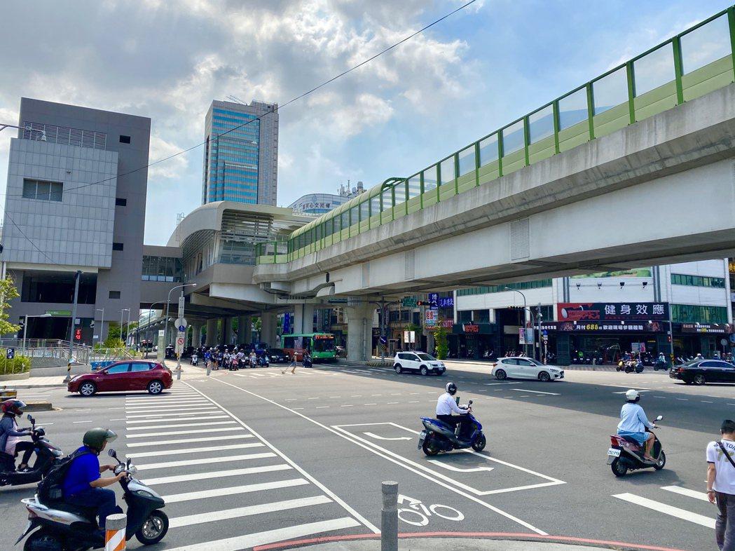 台中捷運綠線即將通車,也讓各車站周邊推案跟著水漲船高。記者宋健生/攝影
