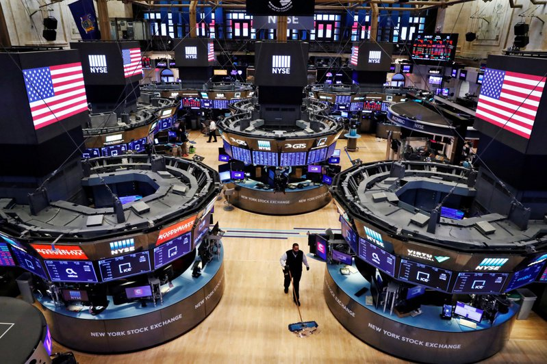 市場靜待Fed利率決策聲明,美股道瓊早盤小漲。路透
