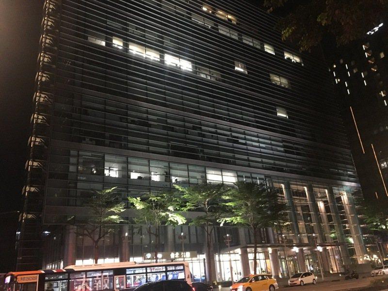 國民黨將再度進行中央黨部的搬遷,目前鎖同的遷點是台北市民生東路三段的南山民生大樓。記者王寓中/攝影