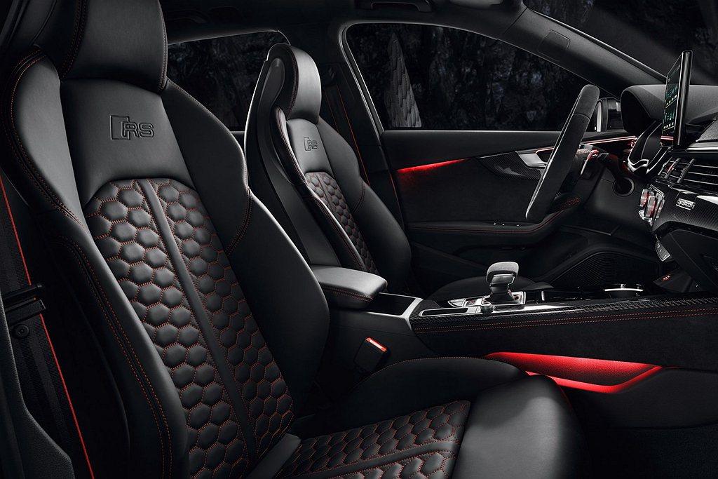 配備全方位的安全駕駛輔助系統,結合RS專屬Fine Nappa真皮跑車座椅、RS...