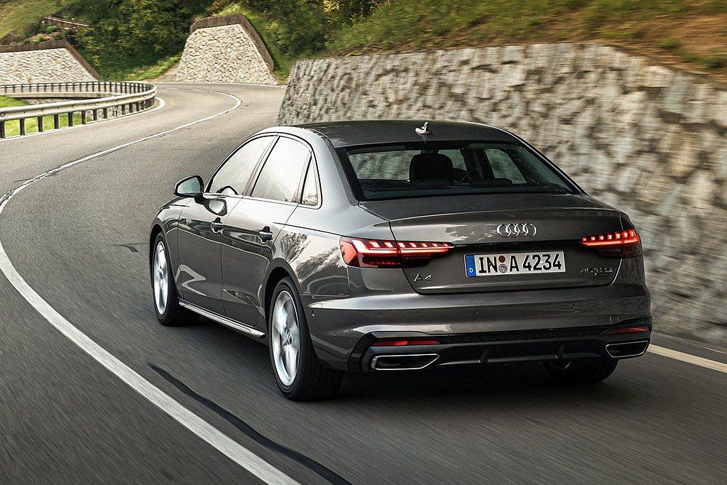 小改款Audi A4/A4 Avant全車系標配最先進的12V輕型複合動力系統,...