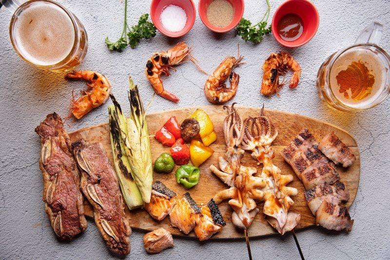 英迪格酒店BBQ PARTY烤肉派對食材,海味豐富。 業者/提供