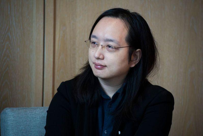1981年生的唐鳳,在入閣前即是小有名氣的公民黑客,曾任蘋果等公司顧問、Haskell與Perl社群領導者。 (黃明堂攝)