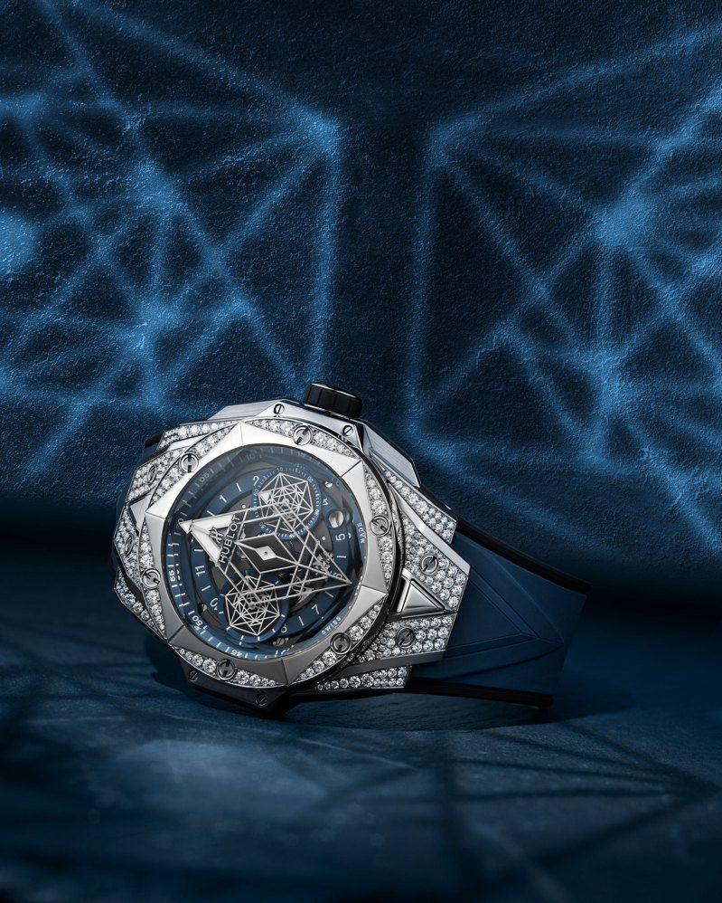 Big Bang Unico Sang Bleu II墨藍計時碼表鈦金屬款,78萬2,000元,全球限量200只。圖/宇舶表提供