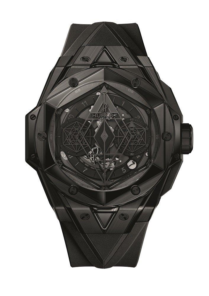 Big Bang Unico Sang Bleu II刺青全黑腕表,84萬7,000元,全球限量200只。圖/宇舶表提供