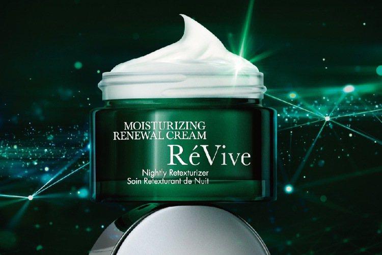 RéVive旗下最夯產品就是光采再生活膚霜。圖/RéVive提供