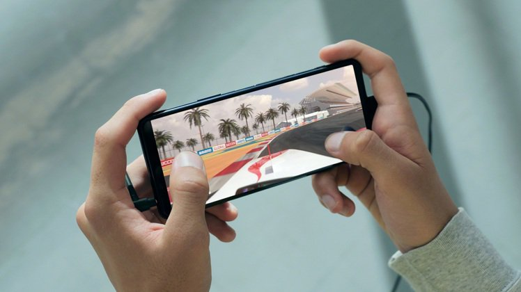 Sony Xperia 5 II帶來全新120Hz螢幕更新率、240Hz觸控掃描...