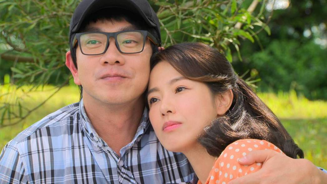 黃瑄(右)加入8點檔「多情城市」,飾演江俊翰初戀女友。圖/民視提供