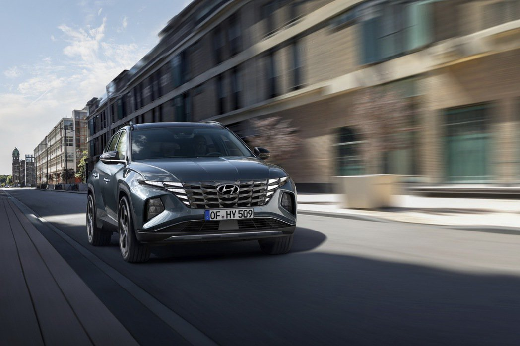 第四代Hyundai Tucson將推出車系史上第一款油電車型。 摘自Hyund...