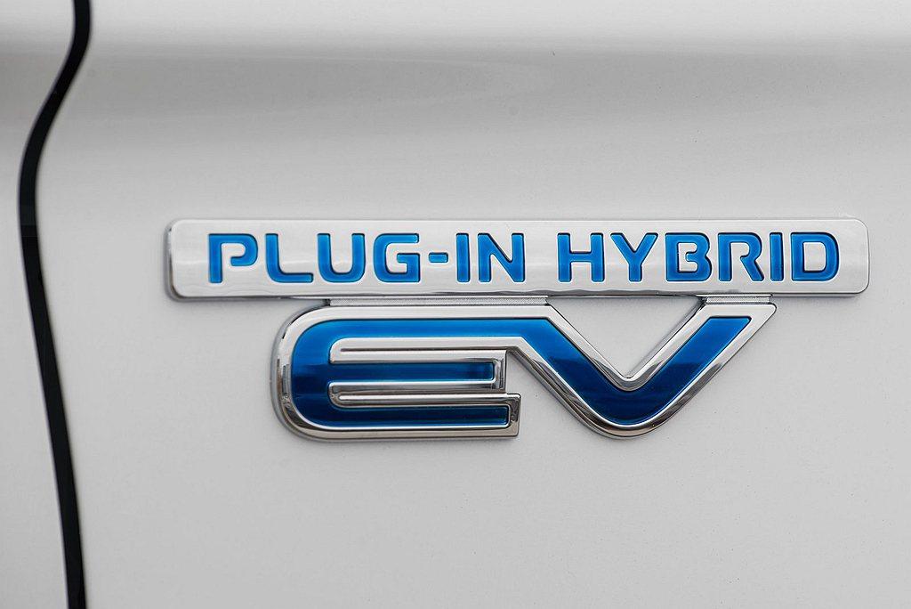 小改款三菱Eclipse Cross更動幅度媲美大改款,並追加PHEV插電式複合...