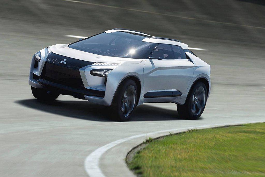 小改款三菱Eclipse Cross外觀造型,將取自2017年東京車展推出的e-...