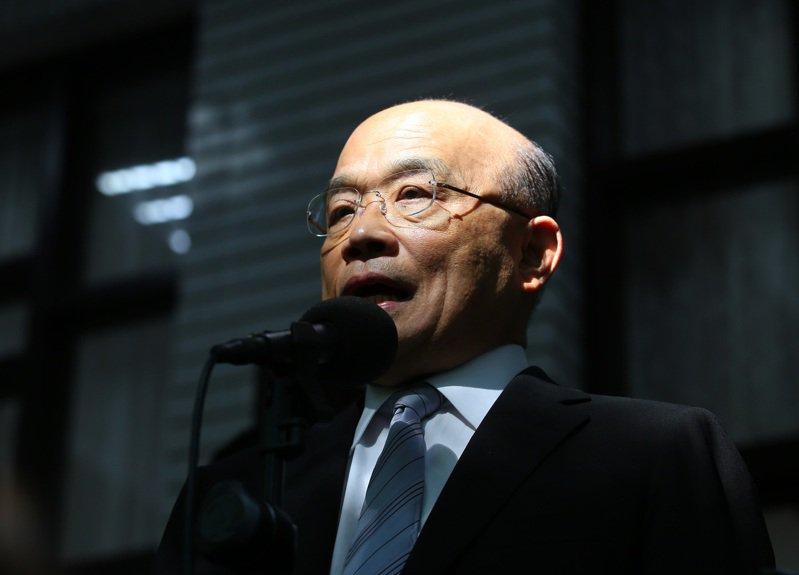 行政院長蘇貞昌上午受訪時表示,只要政府還在,勞保就不會倒。 記者林澔一/攝影