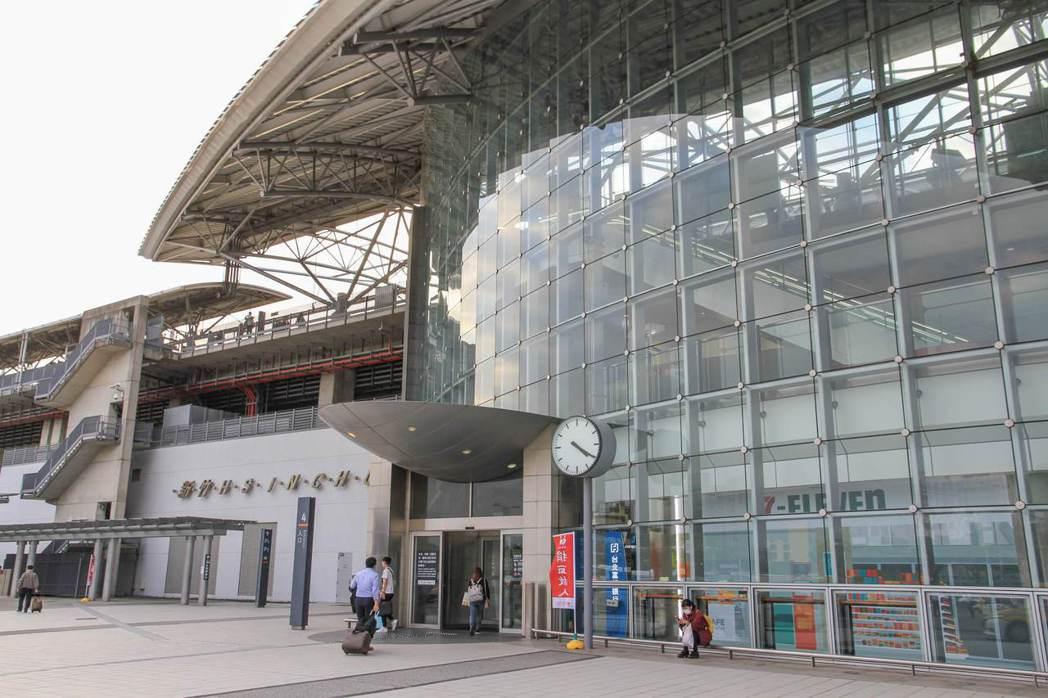 新竹為全國產業經濟重鎮,每年產出兆元產值開創全球經濟地位,也讓新竹成為人口紅利年...