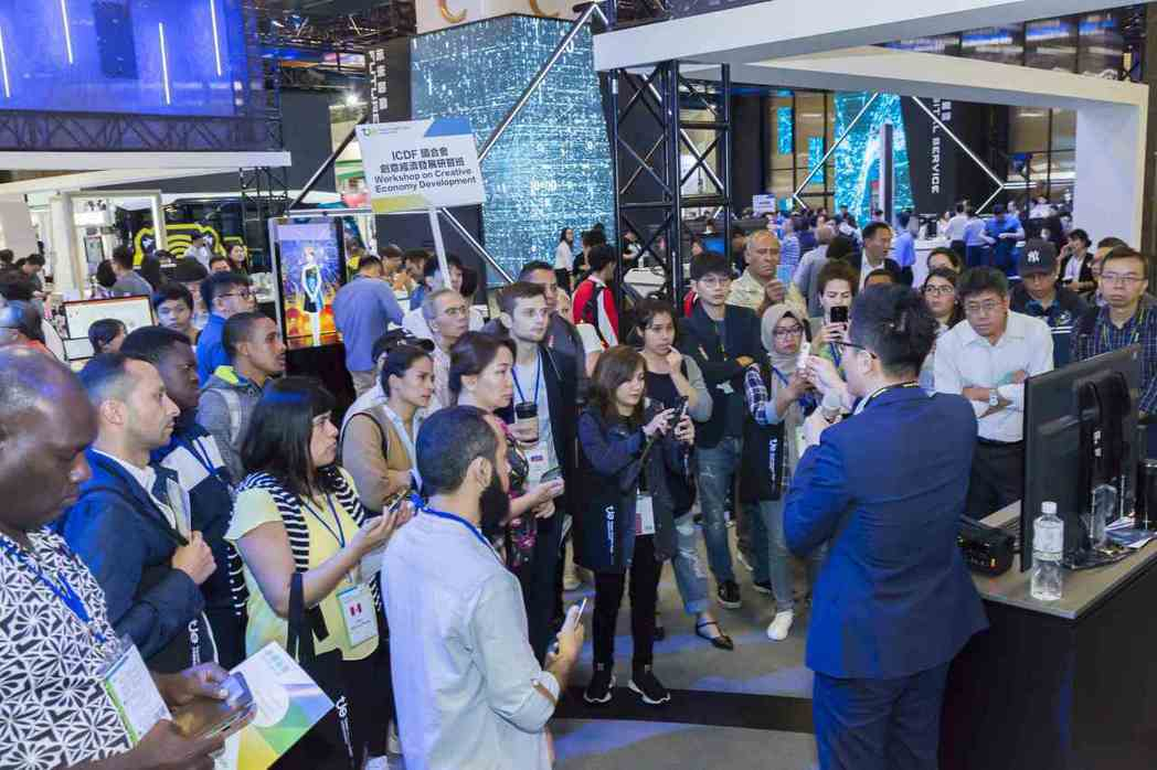 圖為去(2019)年台灣創新技術博覽會引來大批參觀人潮現場。 貿協/提供