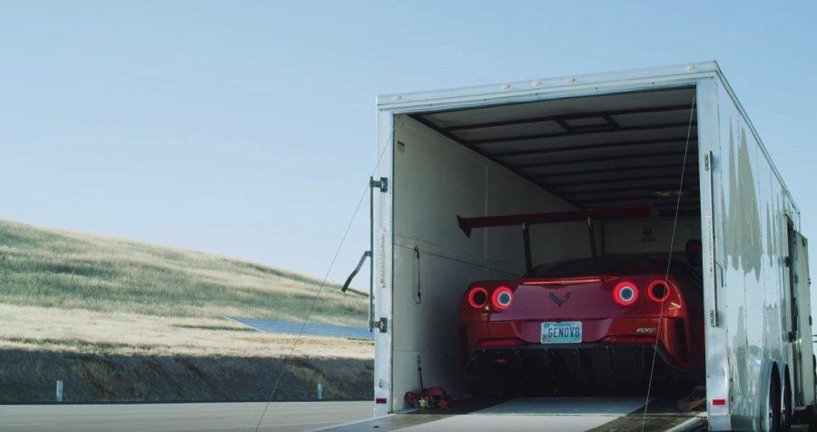 裁自Genovation Cars影片