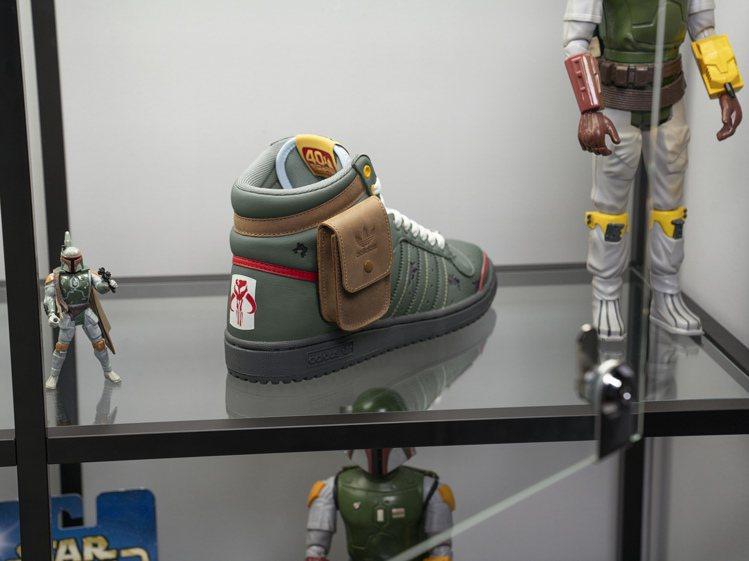 adidas Originals推出了和經典科幻電影《星際大戰Star War》...