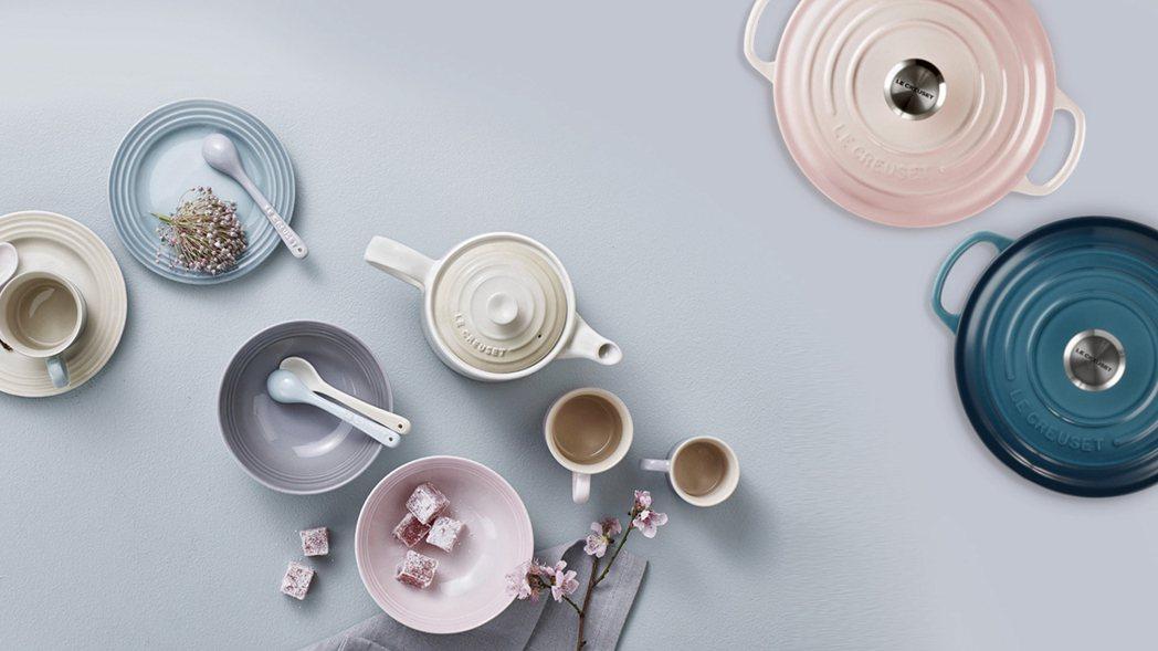 擁有高顏值的美型鍋具LE CREUSET鑄鐵鍋,2020秋季再度引領廚房時尚推出...