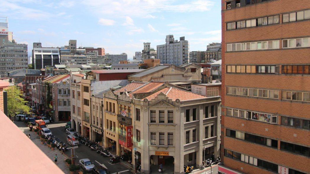 早期隨淡水開放為國際港口,大稻埕漸成貿易中心,成了北台灣代表市街之一。 圖/...