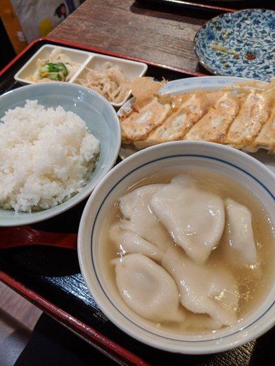 網友好奇日本人的日常飲食也不太健康,為什麼還能維持這麼瘦的體態。 圖/PTT